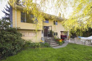 Photo 1: 4552 47A Street in Delta: Ladner Elementary House for sale (Ladner)  : MLS®# R2471161