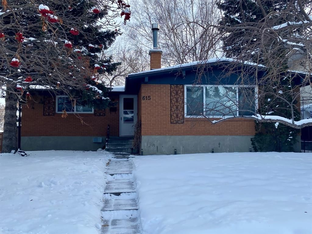 Main Photo: 615 Sherman Avenue SW in Calgary: Southwood Detached for sale : MLS®# A1067655