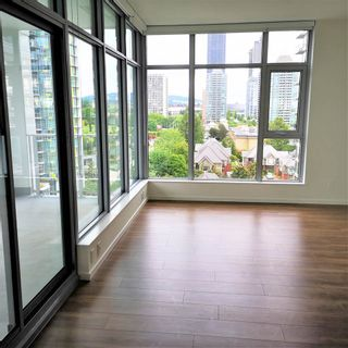 """Photo 2: 1101 1888 GILMORE Avenue in Burnaby: Brentwood Park Condo for sale in """"TRIOMPHE"""" (Burnaby North)  : MLS®# R2458455"""