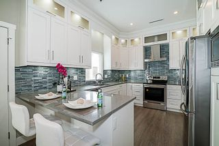 Photo 11: 6437 MARINE Drive in Burnaby: Big Bend 1/2 Duplex for sale (Burnaby South)  : MLS®# R2374846