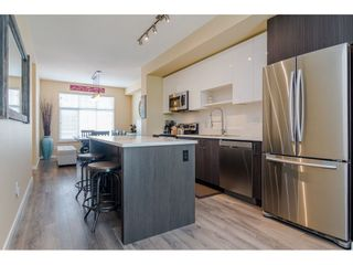 """Photo 4: 42 18681 68 Avenue in Surrey: Clayton Townhouse for sale in """"CREEKSIDE"""" (Cloverdale)  : MLS®# R2400985"""