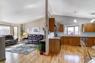 Photo 9: 1 West Boothby Crescent: Cochrane Detached for sale : MLS®# A1090336