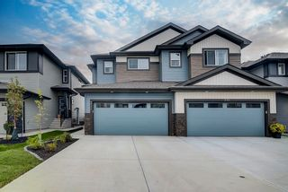 Photo 2: 235 39 Avenue NW in Edmonton: Zone 30 House Half Duplex for sale : MLS®# E4261907