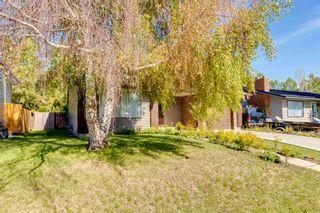 Photo 3: 200 Brookgreen Drive SW in Calgary: Braeside Detached for sale : MLS®# A1143058