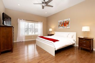 Photo 13: 32 Evergreen Row SW in Calgary: Evergreen Detached for sale : MLS®# A1062897