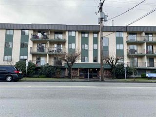 "Photo 1: 204 45744 SPADINA Avenue in Chilliwack: Chilliwack W Young-Well Condo for sale in ""APPLEWOOD"" : MLS®# R2431203"