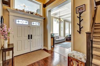 Photo 2: 12979 59A Avenue in Surrey: Panorama Ridge House for sale : MLS®# R2611023