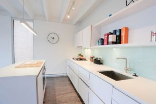 """Photo 9: 601 219 E GEORGIA Street in Vancouver: Strathcona Condo for sale in """"THE FLATS"""" (Vancouver East)  : MLS®# R2617482"""