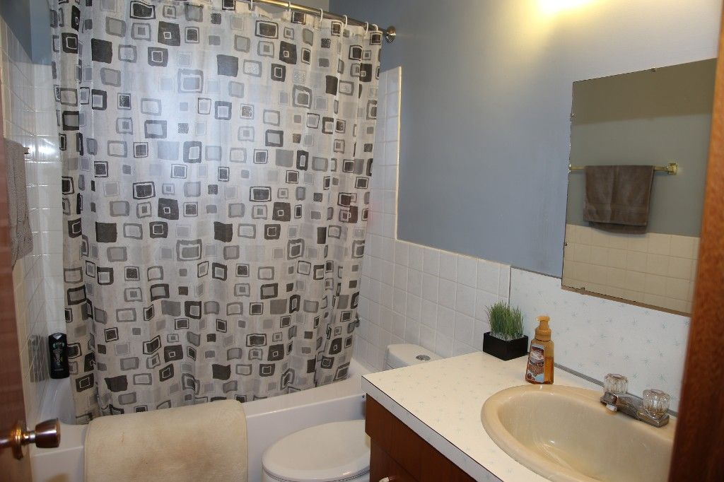 Photo 26: Photos: 407 Wallasey Street in WINNIPEG: Grace Hospital Area Single Family Detached for sale (West Winnipeg)  : MLS®# 1426170