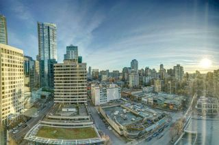 Photo 2: 1701 1200 ALBERNI STREET in Vancouver: West End VW Condo for sale (Vancouver West)  : MLS®# R2527987