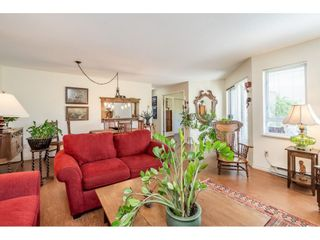 """Photo 13: 219 15991 THRIFT Avenue: White Rock Condo for sale in """"ARCADIAN"""" (South Surrey White Rock)  : MLS®# R2456477"""