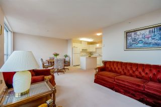"""Photo 5: 1803 612 SIXTH Street in New Westminster: Uptown NW Condo for sale in """"The Woodward"""" : MLS®# R2545610"""