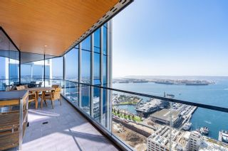 Main Photo: DOWNTOWN Condo for sale : 4 bedrooms : 888 W E Street #3901 in San Diego