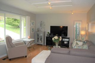 Photo 2: 32406 MCRAE Avenue in Mission: Mission BC House for sale : MLS®# R2253777