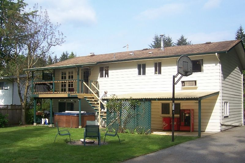 """Photo 2: Photos: 4411 196A Street in Langley: Brookswood Langley House for sale in """"Brookswood"""" : MLS®# F2712641"""