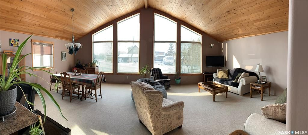Main Photo: 217 Charles Street in Manitou Beach: Residential for sale : MLS®# SK841308