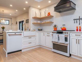 Photo 20: 1015 Grosvenor Avenue in Winnipeg: Crescentwood Residential for sale (1Bw)  : MLS®# 202123831