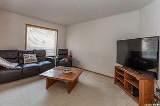 Photo 2: 4 327 Berini Drive in Saskatoon: Erindale Residential for sale : MLS®# SK773527