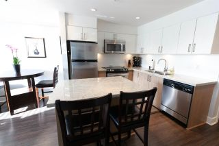 """Photo 2: 201 85 EIGHTH Avenue in New Westminster: GlenBrooke North Condo for sale in """"EIGHTWEST"""" : MLS®# R2310352"""