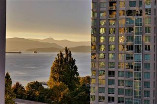 Photo 19: 1505 907 BEACH AVENUE in Vancouver: Yaletown Condo for sale (Vancouver West)  : MLS®# R2591176