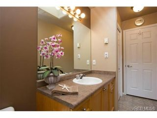 Photo 16: 41 7570 Tetayut Rd in SAANICHTON: CS Hawthorne Manufactured Home for sale (Central Saanich)  : MLS®# 707595