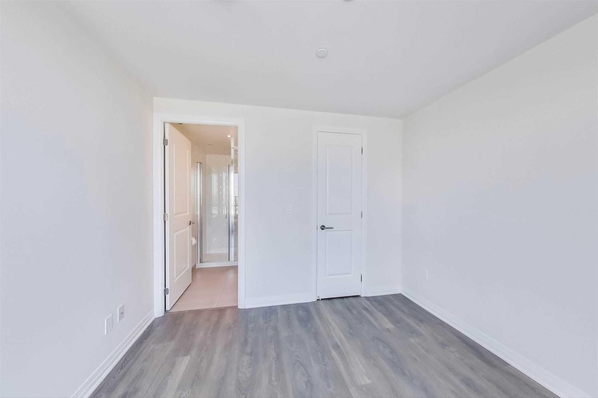 Photo 10: Photos: 711 2301 Danforth Avenue in Toronto: East End-Danforth Condo for lease (Toronto E02)  : MLS®# E4816624