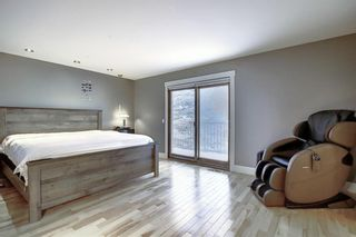 Photo 19: 72 Strathbury Circle SW in Calgary: Strathcona Park Detached for sale : MLS®# A1148517