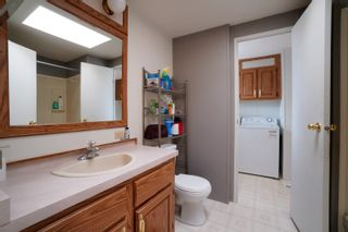 Photo 11: 12 King Crescent in Portage la Prairie RM: House for sale : MLS®# 202112403