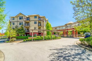 """Photo 3: 102 2511 KING GEORGE Boulevard in Surrey: King George Corridor Condo for sale in """"PACIFICA"""" (South Surrey White Rock)  : MLS®# R2368451"""