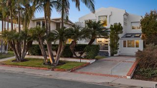 Photo 2: PACIFIC BEACH House for sale : 4 bedrooms : 918 Van Nuys St in San Diego