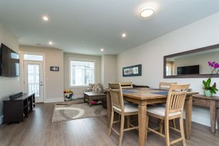 "Photo 4: 1 7665 209 Street in Langley: Willoughby Heights Townhouse for sale in ""Archstone-Yorkson"" : MLS®# R2232525"