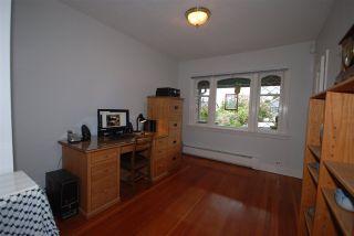 Photo 11: 3079 GRAVELEY Street in Vancouver: Renfrew VE House for sale (Vancouver East)  : MLS®# R2262350