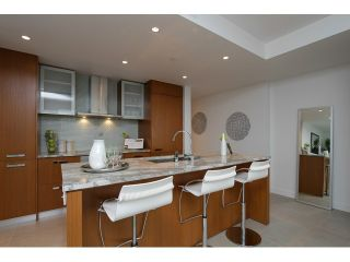 Photo 1: # 2306 1028 BARCLAY ST in Vancouver: West End VW Condo for sale (Vancouver West)