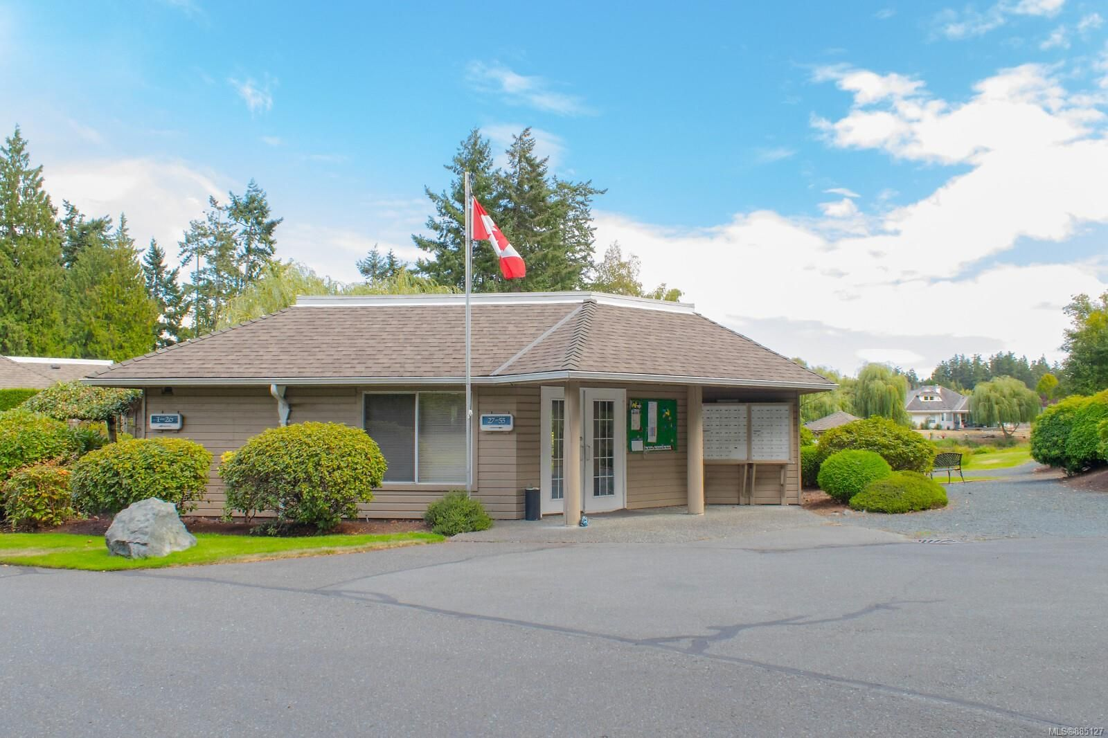 Photo 56: Photos: 26 529 Johnstone Rd in : PQ French Creek Row/Townhouse for sale (Parksville/Qualicum)  : MLS®# 885127