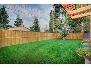 Photo 33: 6427 LAURENTIAN Way SW in Calgary: North Glenmore Park House for sale : MLS®# C4077730
