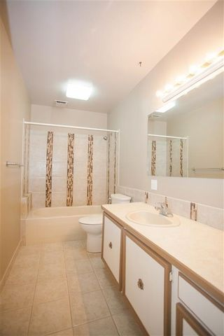 Photo 10: 189 CALLINGWOOD Place in Edmonton: Zone 20 Townhouse for sale : MLS®# E4246325