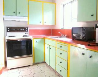 "Photo 4: 2569 CHARLES ST in Vancouver: Renfrew VE House for sale in ""RENFREW"" (Vancouver East)  : MLS®# V596310"