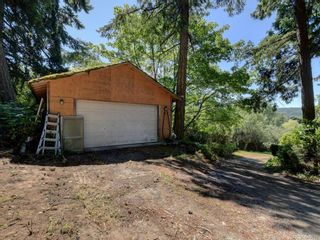 Photo 7: 5213 Pat Bay Hwy in : SE Cordova Bay House for sale (Saanich East)  : MLS®# 845525