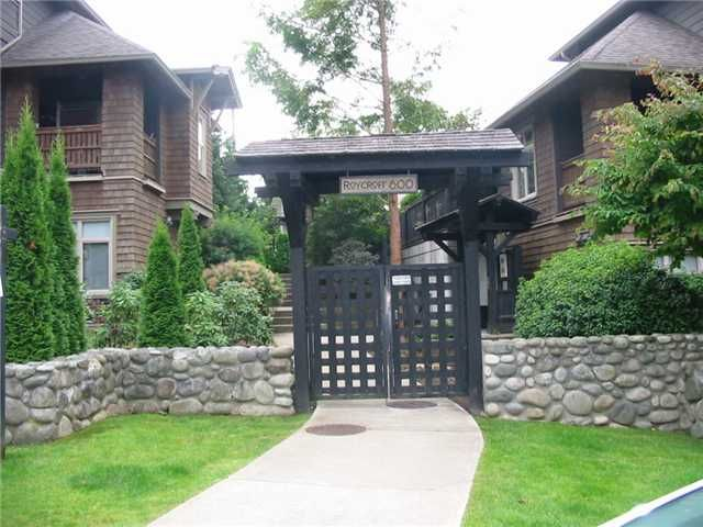 """Main Photo: # 222 600 PARK CR in New Westminster: GlenBrooke North Condo for sale in """"ROYCROFT"""" : MLS®# V907464"""