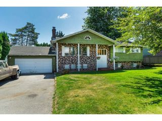 Photo 2: 32664 HACIENDA Place in Abbotsford: Abbotsford West House for sale : MLS®# R2389226