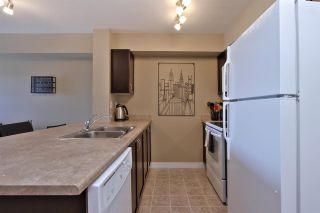 Photo 8: 920 156 ST NW in Edmonton: Zone 14 Condo for sale : MLS®# E4161614