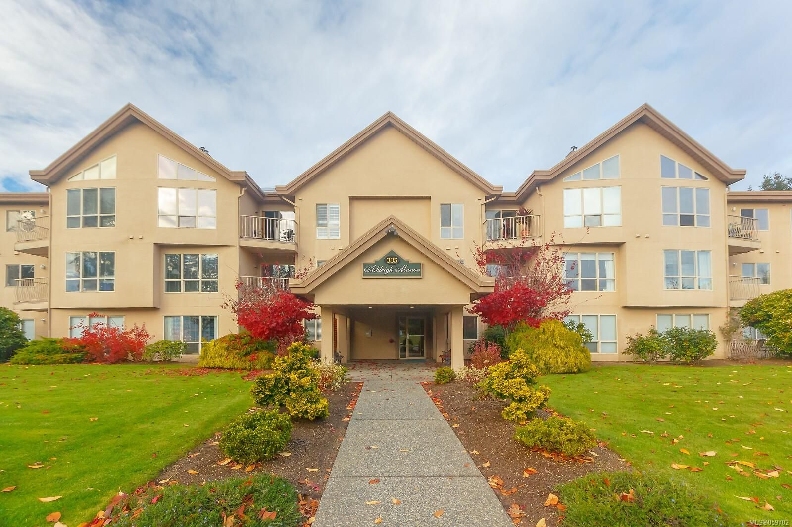 Main Photo: 105 335 Hirst Ave in : PQ Parksville Condo for sale (Parksville/Qualicum)  : MLS®# 859702