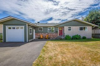Photo 10: 2045 Beaufort Ave in : CV Comox (Town of) House for sale (Comox Valley)  : MLS®# 884580