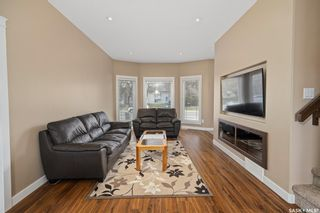 Photo 3: 212A Dunlop Street in Saskatoon: Forest Grove Residential for sale : MLS®# SK859765