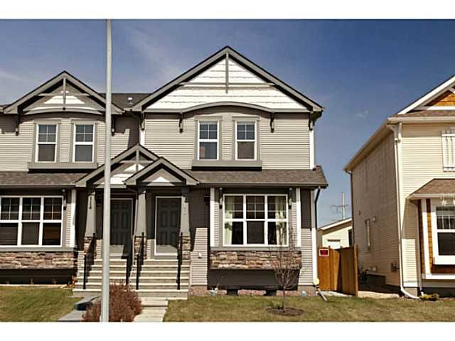 Main Photo: 110 AUTUMN Green SE in CALGARY: Auburn Bay Residential Attached for sale (Calgary)  : MLS®# C3566172