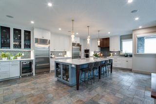 Photo 3: 38 Spring Willow Way SW in Calgary: Springbank Hill Detached for sale : MLS®# A1118248