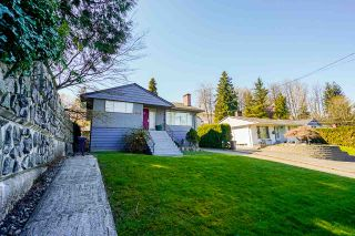 Photo 2: 639 E COLUMBIA Street in New Westminster: The Heights NW House for sale : MLS®# R2571967