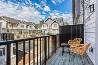 """Photo 19: 18 19239 70 Avenue in Surrey: Clayton Townhouse for sale in """"Clayton station"""" (Cloverdale)  : MLS®# R2398451"""