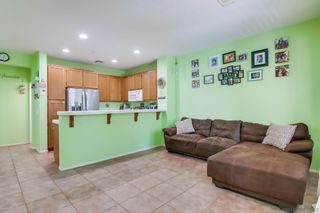 Photo 6: CHULA VISTA Townhouse for sale : 3 bedrooms : 2726 Hazelnut Ct