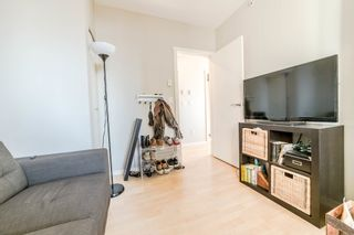 """Photo 15: 706 1001 HOMER Street in Vancouver: Yaletown Condo for sale in """"BENTLEY"""" (Vancouver West)  : MLS®# R2219801"""